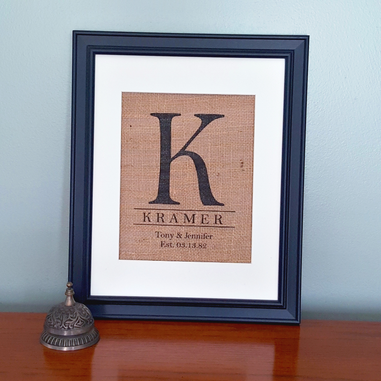 Burlap family name print bailemor Home decoration with jute